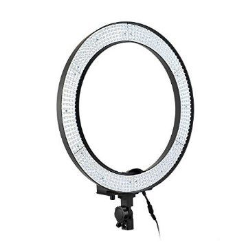 Battery powered ring light